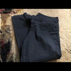 Women's old Navy pixie pants size 14